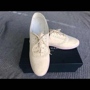 Cole Haan Grand Oxford II suede Cream+Lilac color